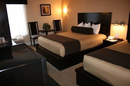 *Military Discount Alert* Orlando FL Hotel Offering 15% Military Discount Plus More!