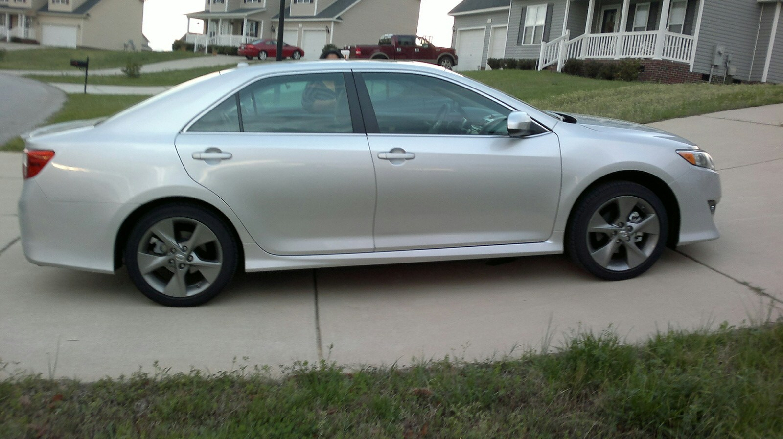 ArmyWife 101 Reviews the 2012 Toyota Camry SE For The Weekend