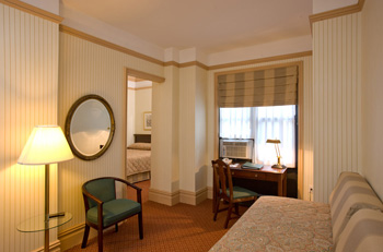 Thinking About Traveling to NYC Soon? Wolcott Hotel A Landmark Hotel In NYC Offering Military Discount