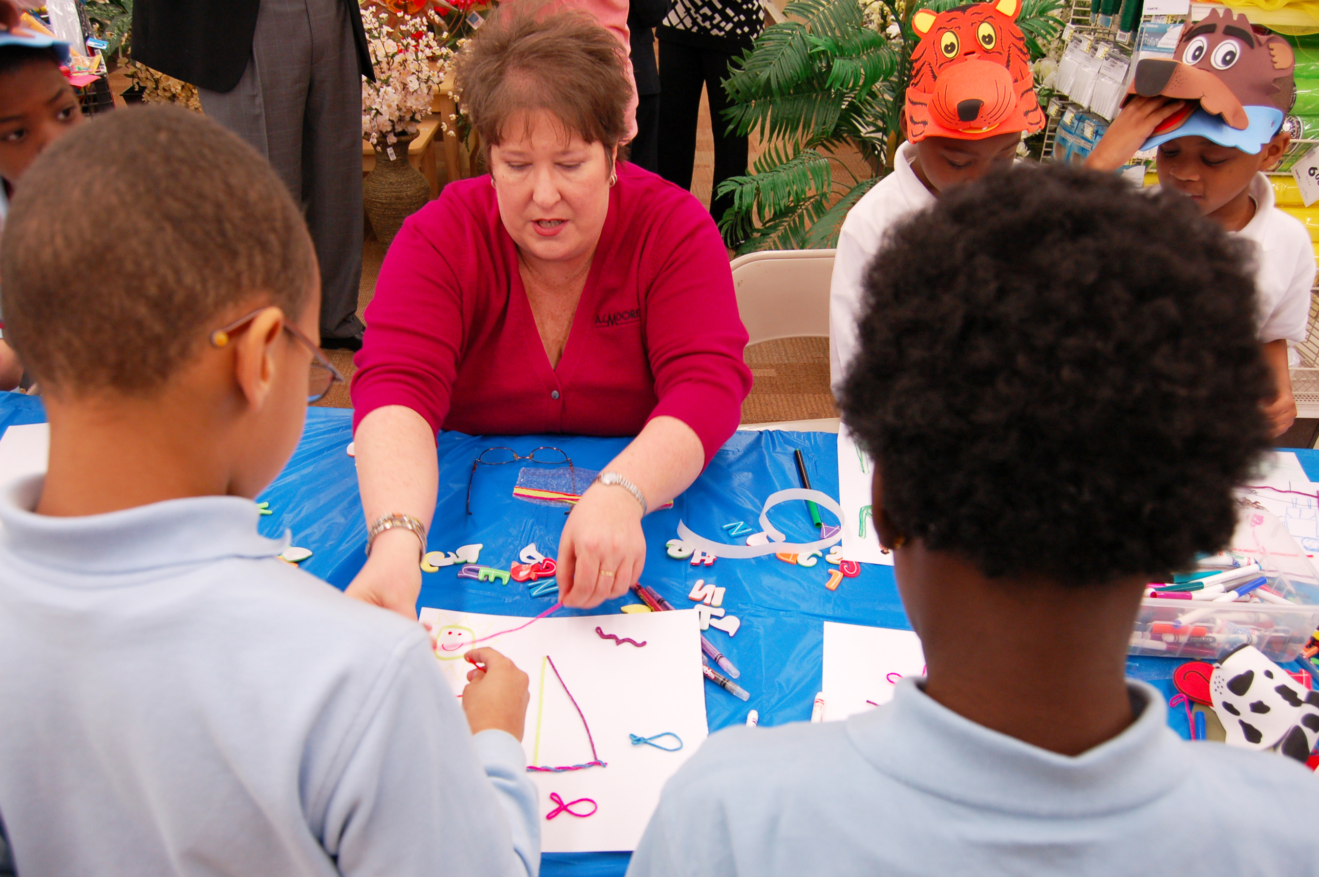 AC Moore Kicks Off Free Summer Activities for Kids With Card Making for Veterans & Troops and T-Shirt Making with Simply Spray