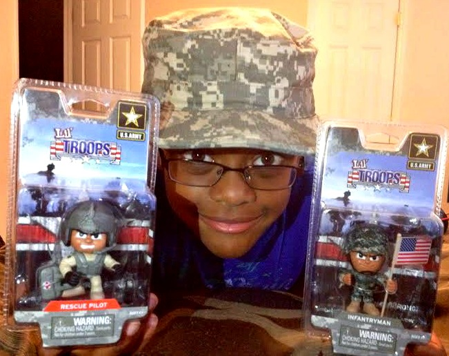 For The Milbrats: Lil Troops Figurines Review + Giveaway