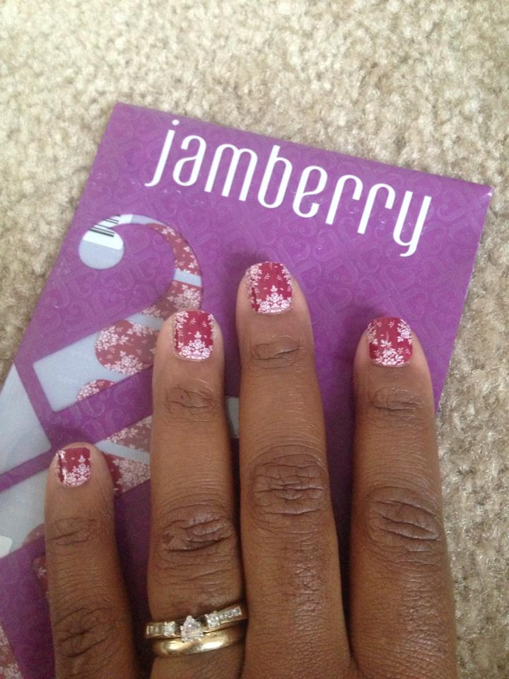 One mil spouse from #ArmyWife101Live shows off her Jamberry Nails.